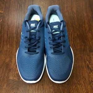 Nike City Trainer Tennis shoes